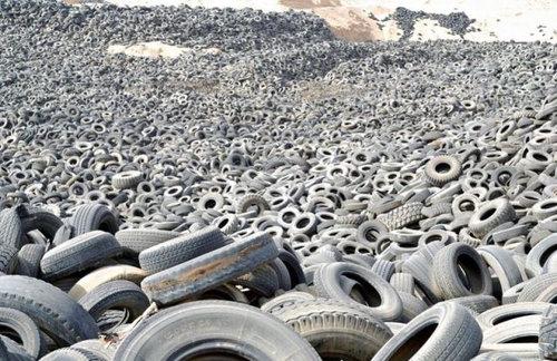クウェートのタイヤ廃棄02