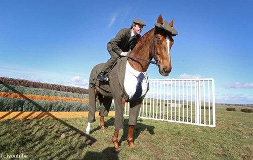 イギリスでは馬も紳士11