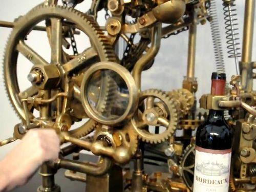 ワインのコルク抜きマシーン