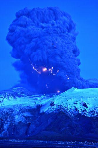 アイスランドの火山12