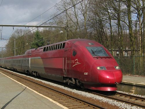 フランスの国際特急列車でテロを防いだアメリカ兵00