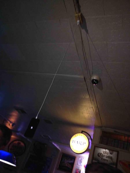天井からスマホの充電07