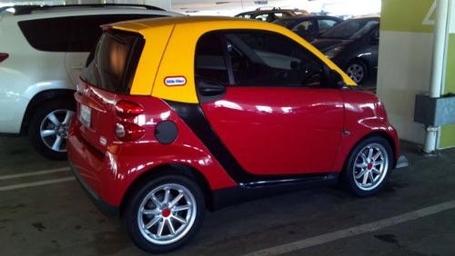おもちゃの車03
