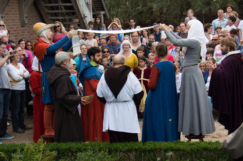 中世風の結婚式03
