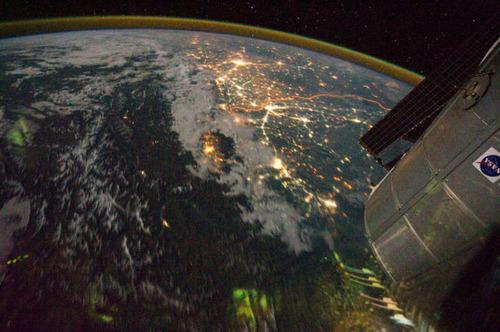 ISSから見た夜景12
