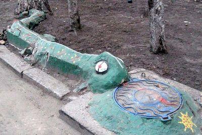 ロシアの公園の遊具08