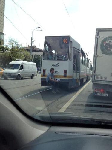 09日常の道路で見かけるいろんな乗り物、車たちの状態