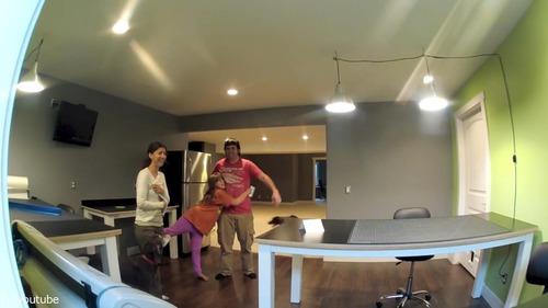 娘と妻が外出中に夫が家をリフォーム26