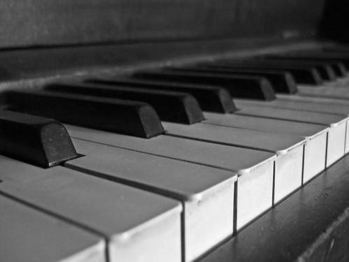 カートゥーン風ピアノ00