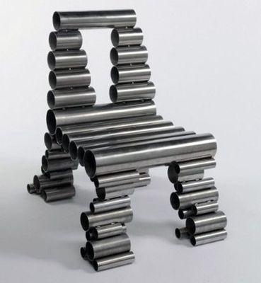 変わった椅子06