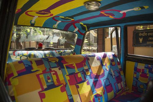 インドのタクシー02