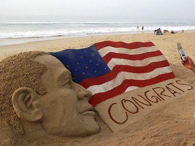 オバマ氏の砂彫刻01