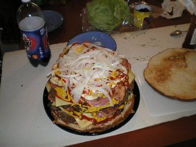 巨大ハンバーガー10