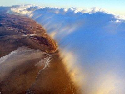 津波のような雲TOP