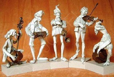 神レベルの素敵な折り紙-音楽家