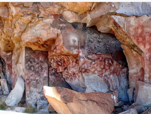 ラス・マノス洞窟の手形01