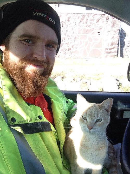 トラック運転手と猫01