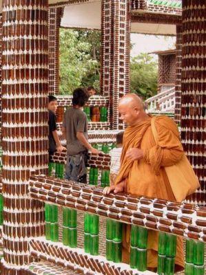 ビール瓶の寺06