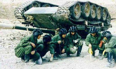 事故を起こした戦車08