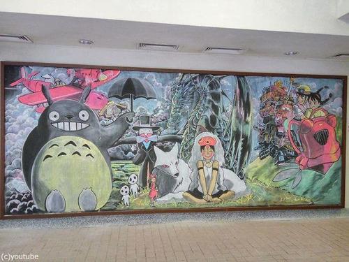 香港の女子高生が黒板に描くアニメ06