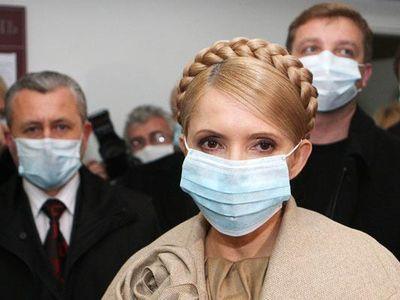 マスクをするティモシェンコ首相