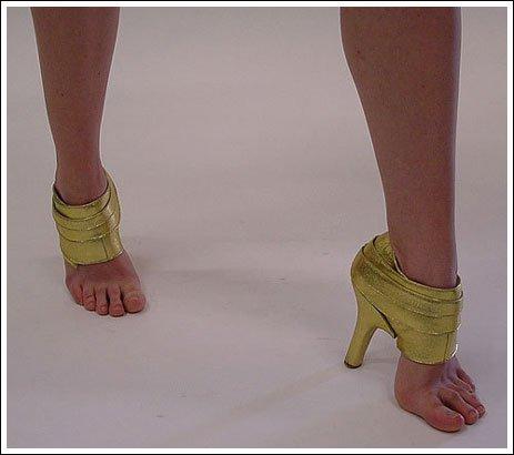 世にも奇妙な靴10