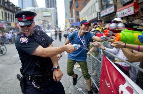 親しみが持てる警察官29