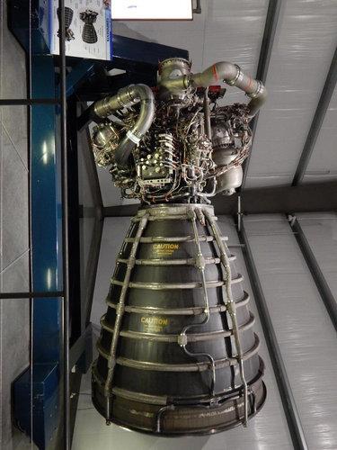スペースシャトルのエンジン02