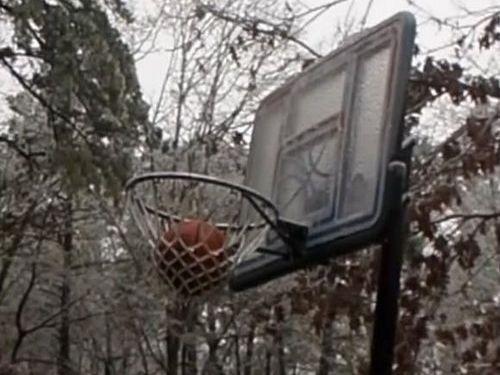 極寒の日にバスケが難しい理由02