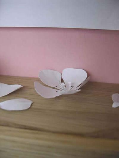 美しく繊細なペーパーアートの世界-桜2