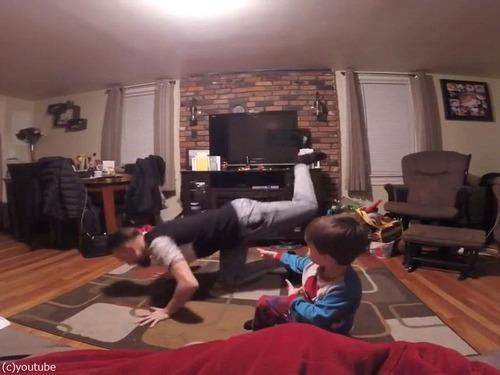 世界一キュートな父と息子のダンス05