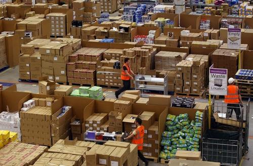 Amazonの倉庫07