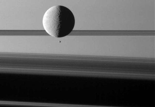 土星探査機カッシーニ15