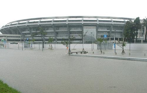 大雨のリオ・デジャネイロ03