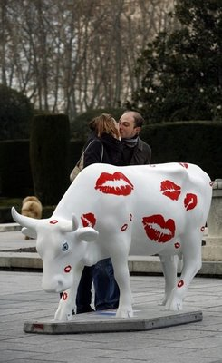 スペインの面白牛彫刻09