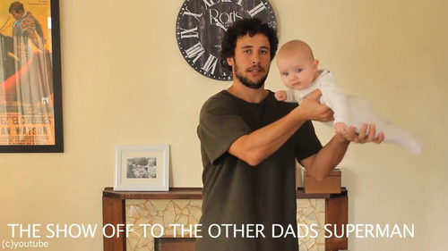 「赤ちゃんの抱き方」16