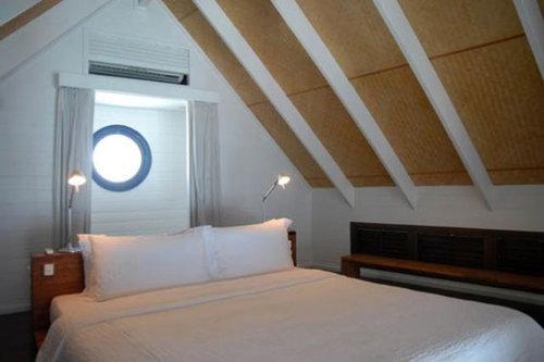 モルディブの小舟のようなホテル13