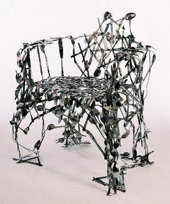 変わった椅子01
