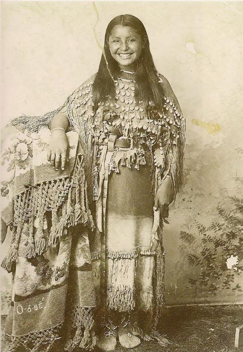 アメリカ先住民の女の子たち15