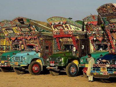 パキスタンのデコトラ00