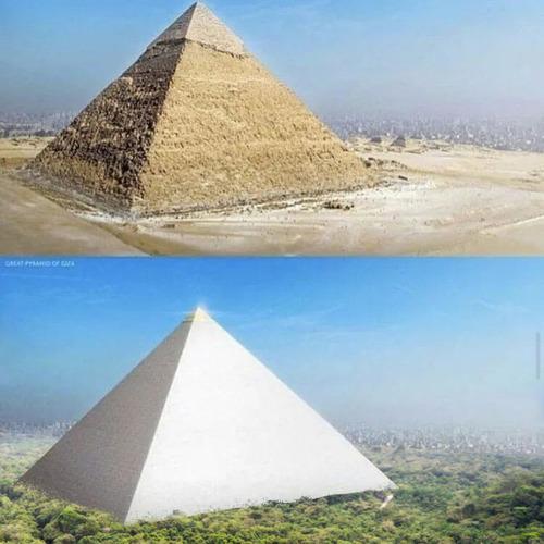 建設当時のピラミッドの姿01