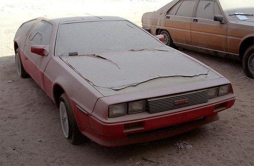 ドバイに乗り捨てられた車16