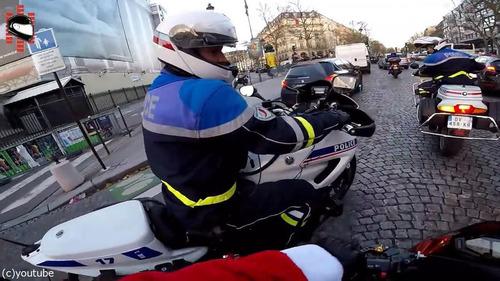 サンタのバイクがひき逃げ犯を追う15