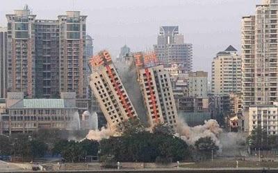 中国のビルが倒壊しなかった02