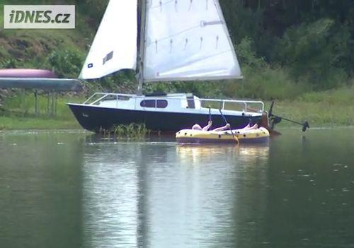 チェコの大統領が豪華船に乗っているところ05