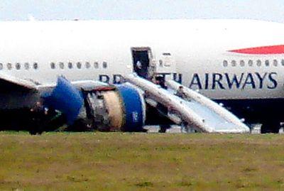 ヒースロー空港で緊急着陸04