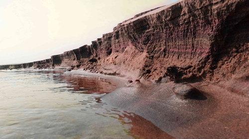 この崖はどれくらいの高さ?01