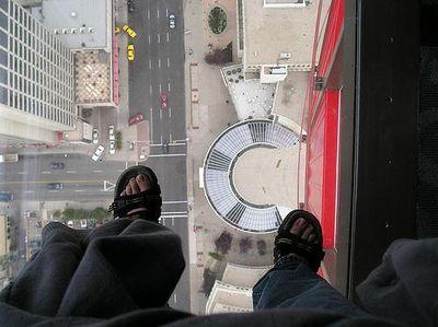 高所恐怖症は見ないほうがいい崖っぷち・ギリギリ画像05