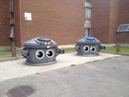 砲台ユニットに見えるゴミ箱10