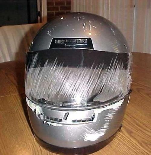 ヘルメットの重要性02